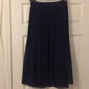 Chiffon Midi skirt with attached slip. Navy Blue.